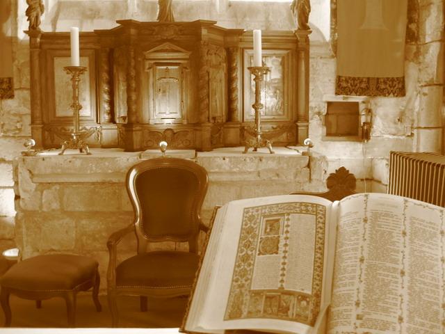 Eglise de Brenouille - Vue de l'autel