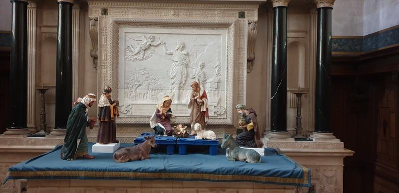 Creche-Patrimoine-Art-Traditions-Montage-chantilly-02