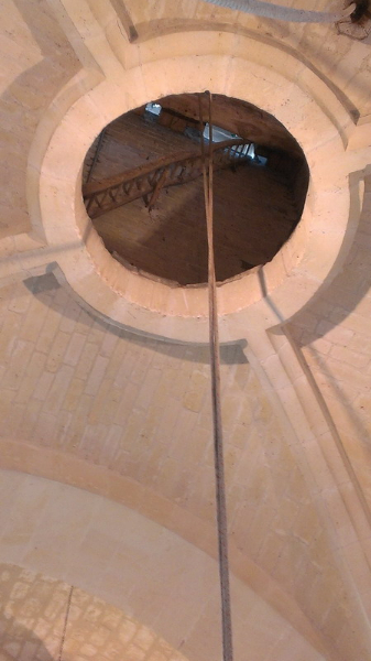 Passage-des-cloches - Eglise St Rieul de Brenouille.