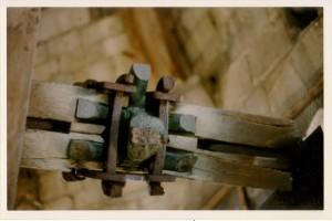 Cloche 1777 - Brenouille - oreilles cassées