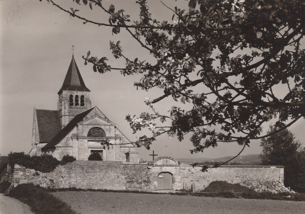 Eglise de Brenouille 1962 ou plus R